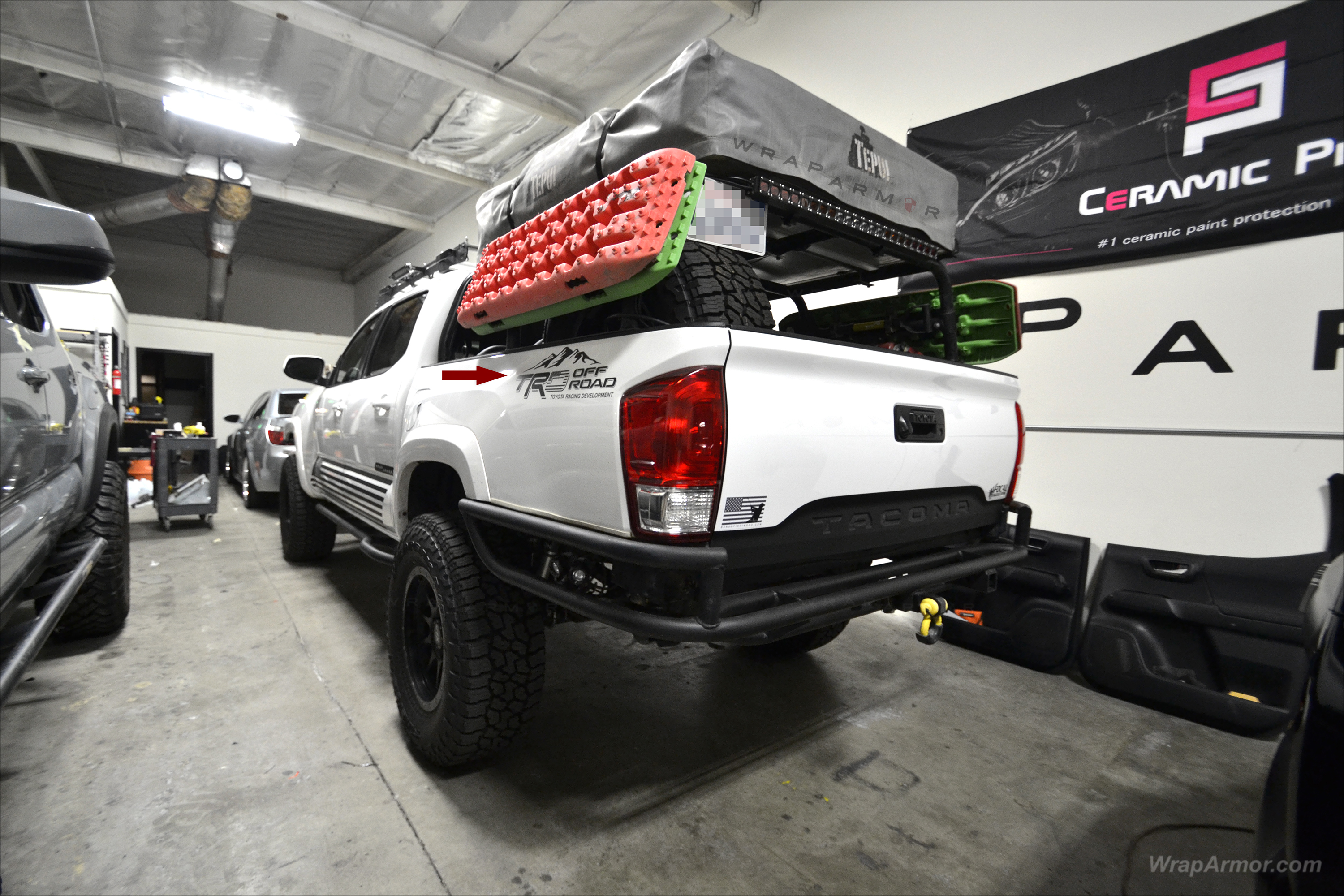 What's Included: With your purchase, a full instruction page is included, along with an installation squeegee, and most importantly the graphics. WrapArmor Tailgate Graphics Precut Installation Instructions Squeegee Fitment: 2015, 2016, 2017, 2018 Toyota Tacoma